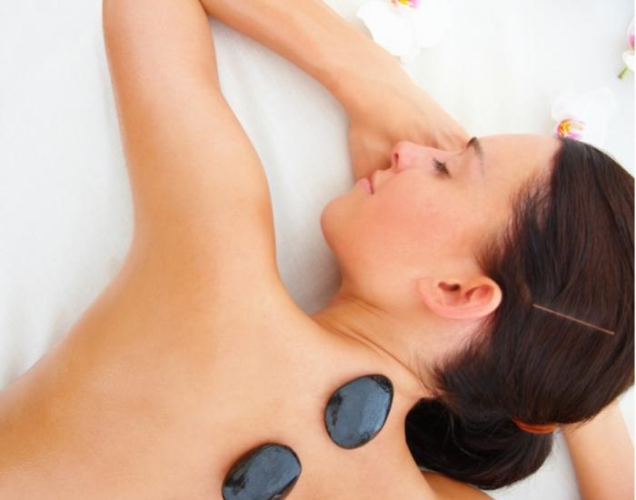 Massage thải độc tố đá nóng 75'