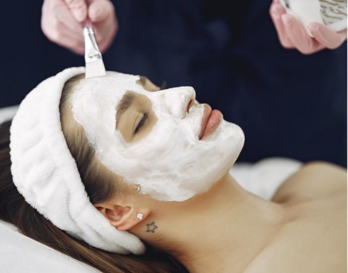 MCCM Whitening Facial Treatment