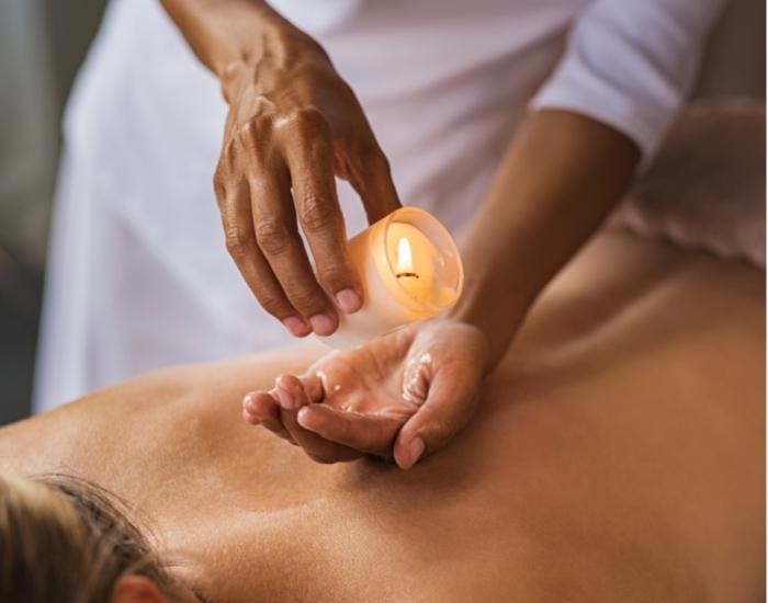 Massage nến